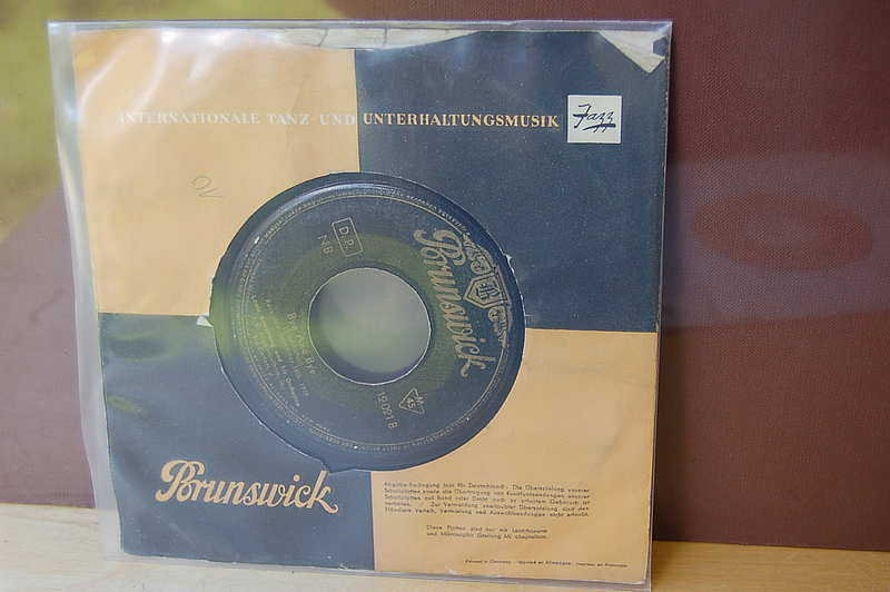 "Louis Armstrong "" Bye and Bye "" Brunswick Jazz Single"